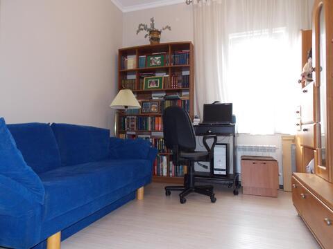 Квартира в таунхаусе с ремонтом и мебелью. Собственный участок! - Фото 5