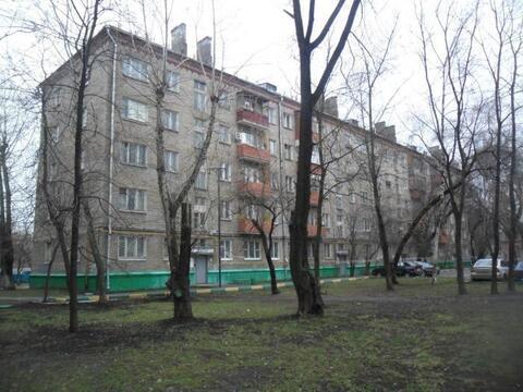 1к кв-ра 32кв метра, на 4/5эт кирп дома, ул Полбина, д58, метро Печатн - Фото 1