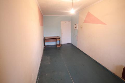 Продам: 3 комн. квартира, 61.2 кв. м. - Фото 3