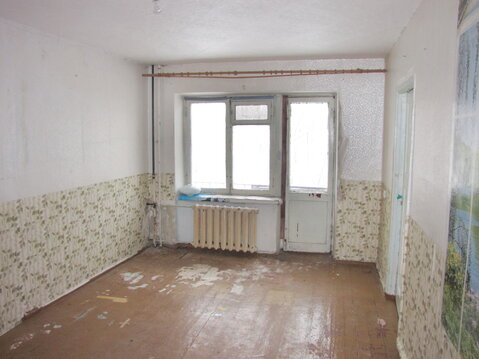 Продам 3-к квартиру 43.3 м2 2/5 эт., ул 60-летия Октября - Фото 1