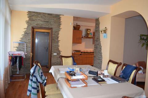 3-х комнатная квартира вблизи Приморского парка, с двориком - Фото 4