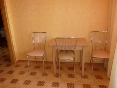 1 комнатная кв-ра с нишей г.Ильичевск, на первой линии домов до моря - Фото 5