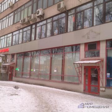 Аренда помещения 380 м, 1 этаж, Витринные большие окна. Кировский р-он - Фото 1