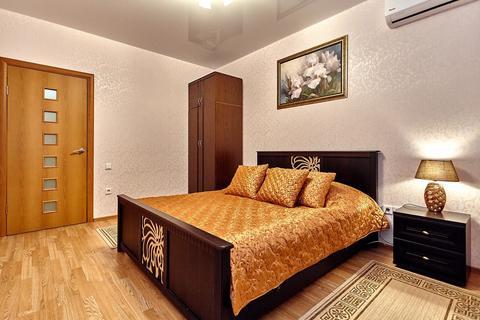 Двухкомнатная квартира посуточно на Баскет Холле, Соколова 86 - Фото 3