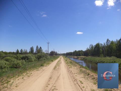 Участок в с.Заречье на ул.Лесной на краю озера - Фото 1