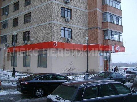 Продажа магазина пл. 789 м2 м. Крылатское в жилом доме в Крылатское - Фото 1