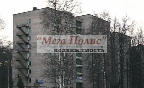 Сдается комната 18 кв.м. в общежитии блок на 8 комнат ул. Курчатова 35