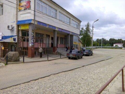 Сдается торговая площадь около 95 кв.м. по ул. Средняя (р-н станции . - Фото 1