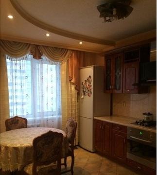 Продается 3-комнатная квартира 68 кв.м. на ул. Бульвар Энтузиастов - Фото 1