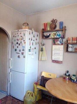 Продается двухкомнатная квартира, комнаты изолированные, выход на лодж - Фото 2