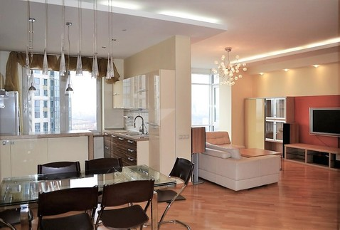Видовая 5-комнатная квартира в самом респектабельном районе столицы - Фото 1