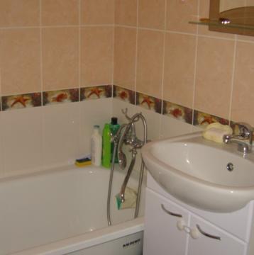 Сдам квартиру, евродвушка (кухня-гостиная+спальня). Хороший ремонт. . - Фото 3