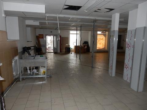 Торговое помещение в жилом массиве. - Фото 2
