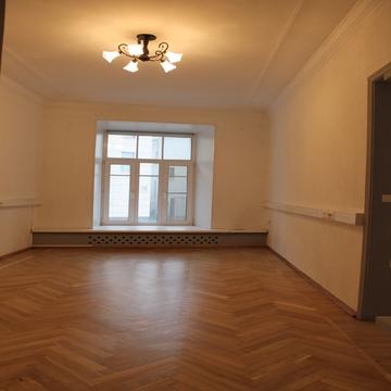 3-x комнатная м. Арбатская Калашный пер. 2/10 - Фото 1