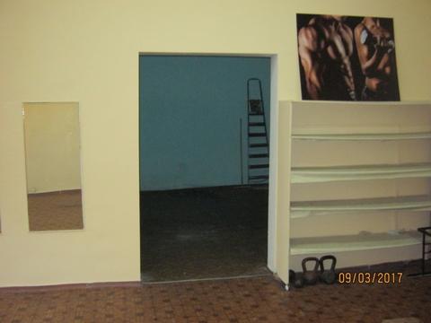 Аренда помещения свободного назначения под магазин - Фото 4