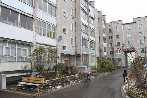 Продаю однокомнатную квартиру в г. Кимры, ул. 50 лет влксм, д. 32. - Фото 1
