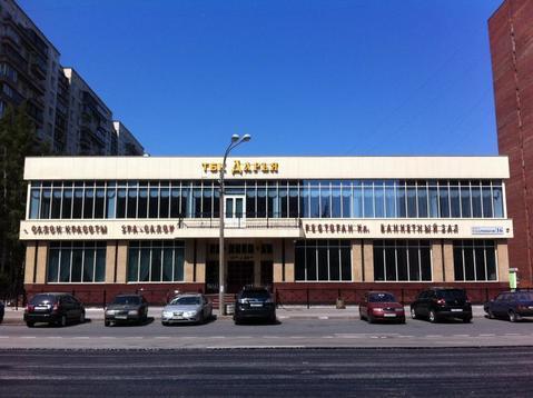 Осз 2100 кв.м. с земельным участком 1800 кв.м. пр. Ударников - Фото 1