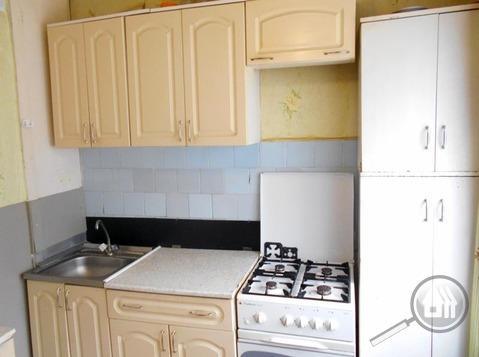 Продается комната с ок в 3-комнатной квартире, пр. Строителей - Фото 4