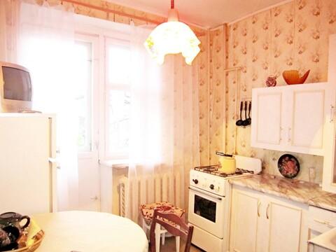Продается 2-комнатная квартира п. Быково, ул. Опаринская, д. 3к2 - Фото 3
