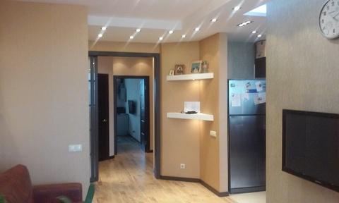 Продаётся эксклюзивная видовая квартира в районе Большая Волга, на пр- - Фото 1