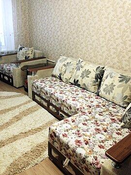 Сдаю 2к.кв. ул. Ларина 9/9кирп. 47м. ремонт , мебель , бытовая техни - Фото 1