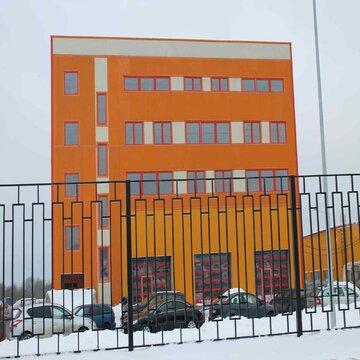 Новое здание для бизнеса в области грузового автотранспорта 3200м2. - Фото 1