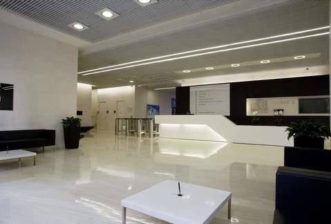 Современный офис в аренду - Фото 1