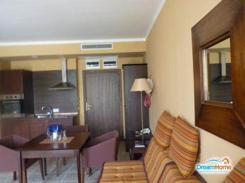 Элитная квартира с 1-ой спальней в самом центре Солнечного Берега, в о - Фото 2