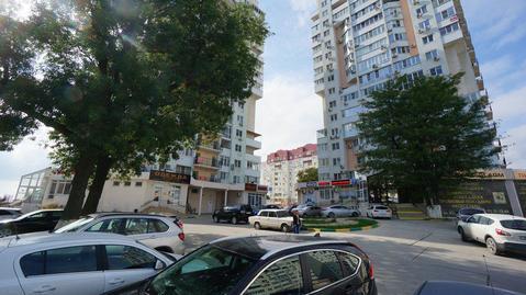 Купить двухкомнатную квартиру с ремонтом в монолитном доме.Южный район - Фото 1