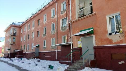 Продам 3-к квартиру, Белогорье п, Заводская улица 8 - Фото 1
