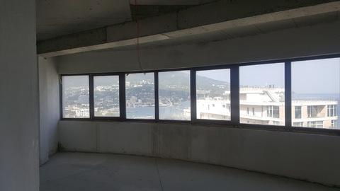 В Ялте квартира-пентхаус с видом на море и горы продается - Фото 5