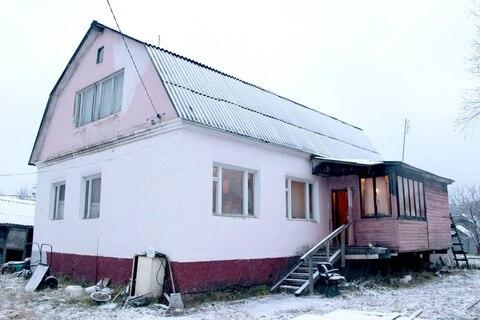 Продаем двухэтажный кирпичный дом