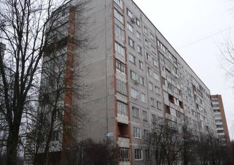Продается 2-я квартира в Обнинске, ул. Калужская 15, 8 этаж - Фото 1
