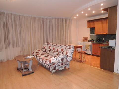 Отличная двух комнатная квартира в Ленинском районе г. Кемерово - Фото 1