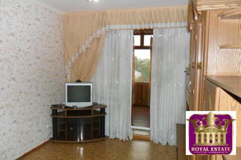 Сдам 2-х комнатную квартиру в центре на ул. Дыбенко - Фото 1
