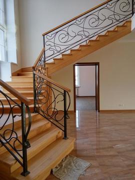 Продается современный дом.380 кв. м. с гаражом на 2 машины в Булатово - Фото 1
