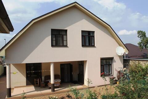 Купить Дом отдельно стоящий 320 кв.м на 700 кв.м земли в собственности - Фото 1