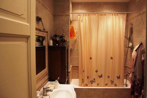 Трехкомнатная квартира с дизайнерским ремонтом продается свободной - Фото 3