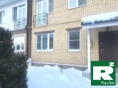 Продается 3-х этажный Таунхаус в Экодолье», город Обнинск - Фото 1