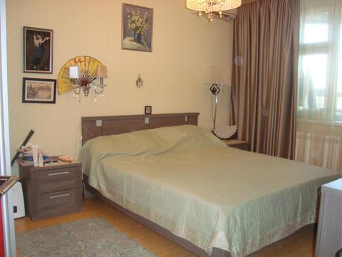Большая двух комнатная квартира 64 кв. м. кухня 13 - эркер - Фото 5