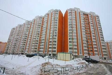 Люберцы, Красная Горка, проспект Гагарина, 22к2 - Фото 1
