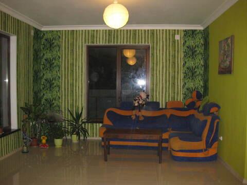 Сдается дом в пос Левашово, 2 эт, 140 м кв, 20 сот, 4 ком\ 3 сп - Фото 1
