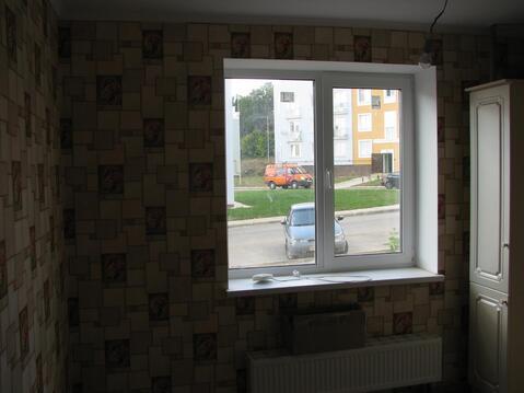 Продается 3-комнатная квартира на 1-м этаже в 3-этажном монолитно-кирп - Фото 2