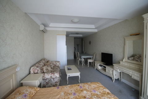 Продам 1 комнатные апартаменты в Алуште. - Фото 4