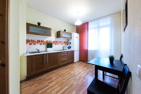 Сдам уютную квартиру со всей необходимой мягкой мебелью и бытовой техн - Фото 1