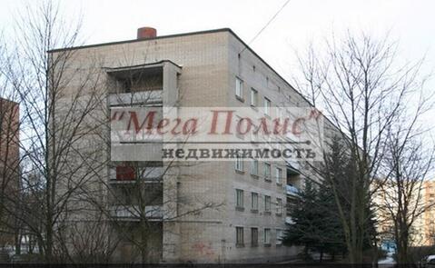 Сдается комната 18 кв.м. в общежитии ул. Маркса 52, с мебелью