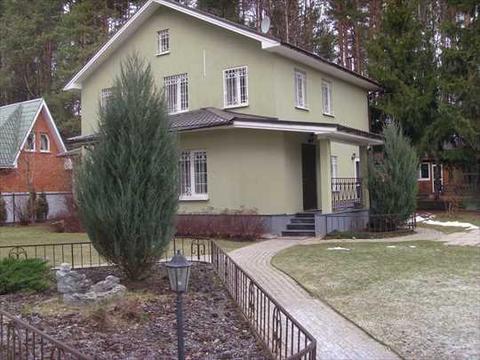 Продается кирпичный 2-х этажный дом на Можайском шоссе. Московская . - Фото 1