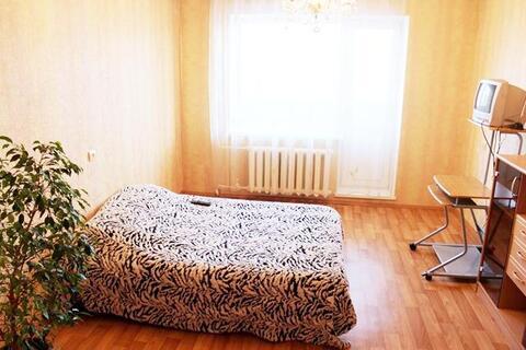 Медгородок, С.Дерябиной, 30, 1-к. квартира, 1400 руб/сутки. - Фото 1