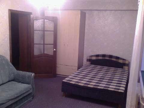 Сдам однокомнатную квартиру на врача Сурова