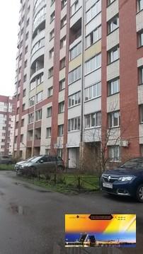 Квартира в доме 137 серии на Богатырском проспекте по Доступной цене - Фото 1